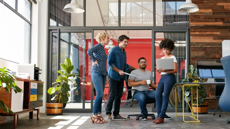 attract great candidates to your startup
