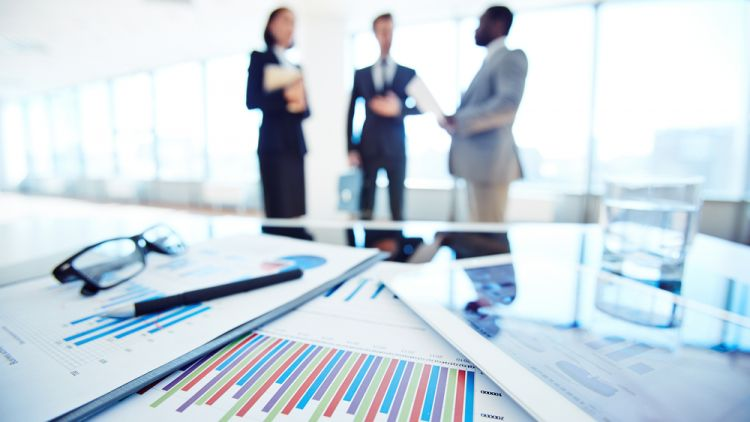 mbas outperform other leaders