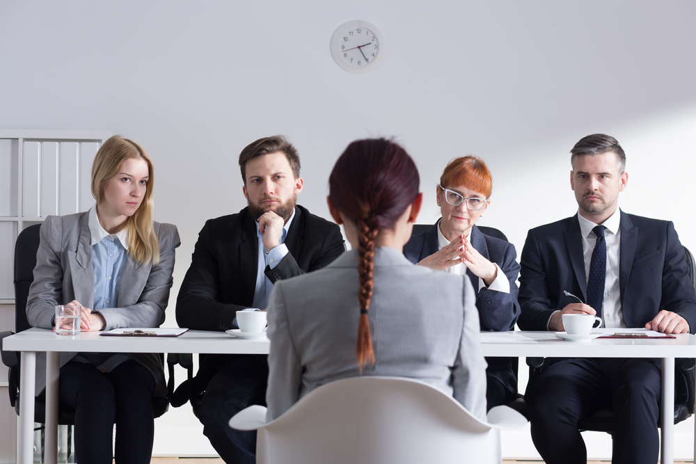 dear hiring managers  these 10 behaviors are scaring off your interviewees